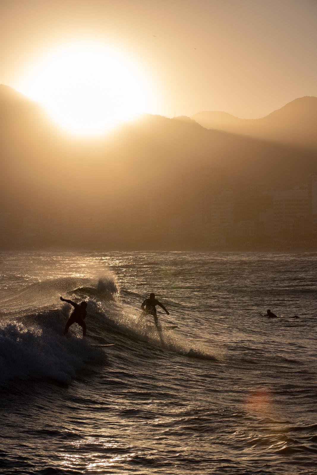 Surfers-15